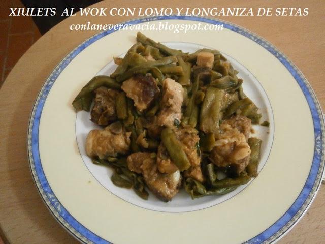 XIULETS AL WOK CON LOMO Y LONGANIZA DE SETAS
