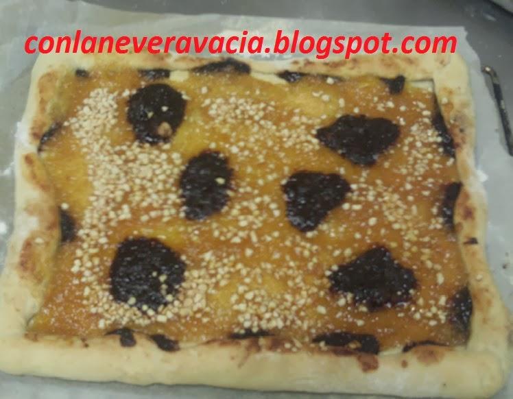 PIZZA DE MERMELADA Y CHOCOLATE
